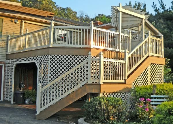 Installing Vinyl Lattice rails and railing